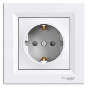 Socket Outlet With Child Protection (White)